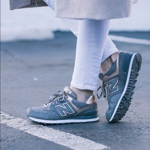 New Balance Womans 574 Rose Gold